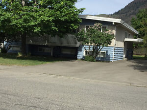 Bright and Clean Half Duplex for Rent