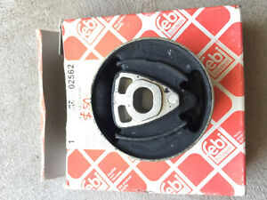 BMW e30 differential bushing BRAND NEW