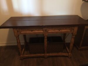 Folding drop leaf dinning table