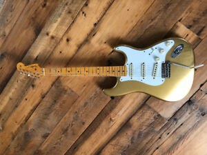2016 Fender Custom Shop 1958 Stratocaster Relic (Aztec Gold)