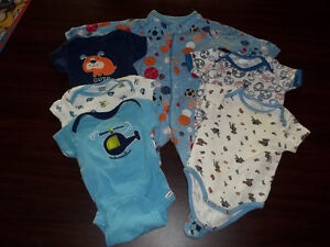 9 MONTH BABY BOY CLOTHES 6 PCS PAJAMAS SHORT SLEEVE TOPS SNAPS Peterborough Peterborough Area image 1