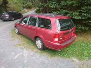 2001 Ford focus wagon for parts
