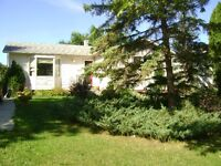 Room to rent in St. Norbert for Nov 1 – Lots of Space!!!