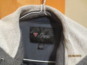 Guess Denim Jacket with hood West Island Greater Montréal image 1