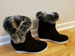 New winter boots, size 10