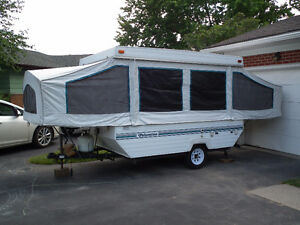 Palomino Yearling Pop Up Tent Trailer