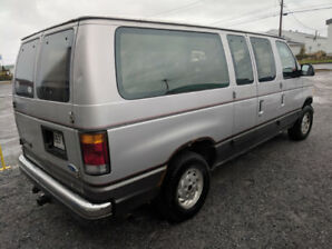 econoline Ford Club Wagon