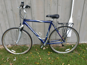 Trek 7300 Hybrid Bike *Delivery Available*