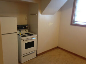 Bachelor Apartment available in Old Lakeview Regina Regina Area image 6