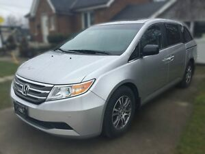 2012 HONDA ODYSSEY EX-L * LEATHER * PWR ROOF * REAR CAM * DVD  London Ontario image 2
