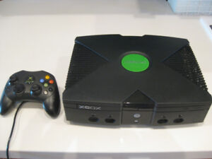 Original Xbox Classic Console with MadCatz wheel and pedals