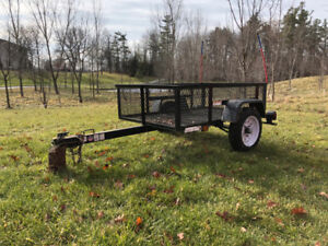 Carry-On Trailer 2,000-lbs GVWR 3-ft 6-in x 5-ft Wire Mesh