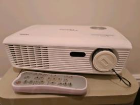 Optoma hd67 projector