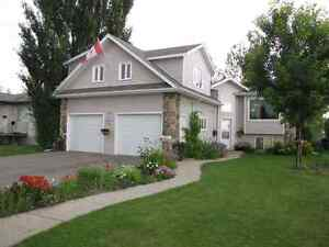 Spacious Family Home For Rent in Humboldt