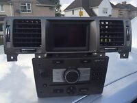 CDC 40 player with screen and vents