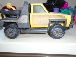 Tonka Tow Truck   for sale