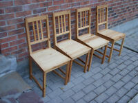 4 Chaises / Chairs