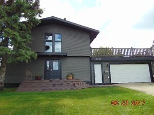9527-112 Ave $405,000