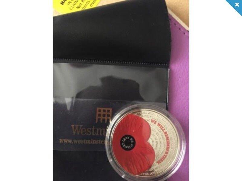 2017 remembrance five poppy pound coin £5 brand new rare