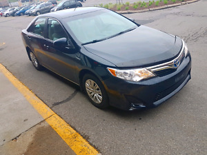 Toyota Camry Le Hybrid 2012