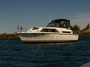 trojan yacht buy or sell used or new power boat motor boat in family cruiser live aboard