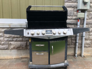 FULLY FUNCTIONAL BARBECUE FOR SALE