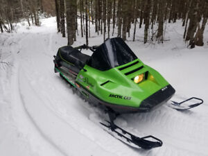 Arctic cat 440 panther snow mobile