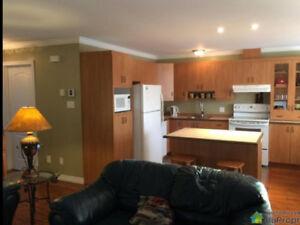 Magog - Maison 2 chambres - Foyer - Garage - Hiver 2018-2019