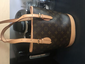 Sac à main Louis Vuitton authentique à vendre