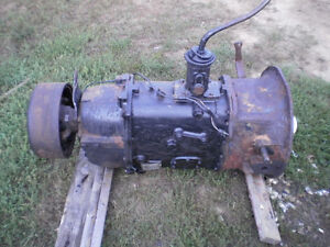 international transmission 5 ton ES52-7A  in bancroft