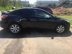 2011 Mazda Mazda3 GX Sedan 85000km great condition