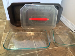5 Pieces of Pyrex Bakeware & Cookware