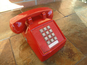 VINTAGE 1960'S RED PUSH BUTTON DESK PHONE WORKING FINE