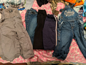 Boys size 24 months / 2T clothes. Whole lot for $25
