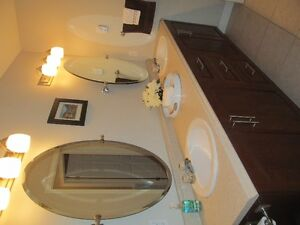 JUST LISTED: Minutes to downtown -Great for 1st TIME HOME BUYERS St. John's Newfoundland image 9