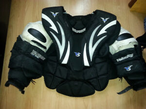 Vaughn Chest Protector Velocity 5 7800