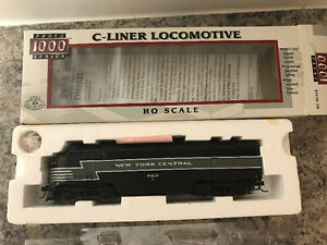 T32 - HO Scale C-Liner Locomotive with DCC chip installed