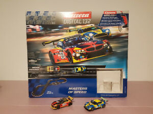 Carrera Digital 132 scale race tracks/cars