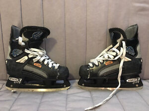 Used skates - CCM hockey size 6.5