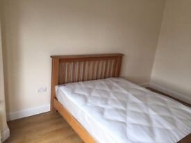 Lovely studio flat to let in NW10. Bills included except electricity