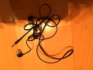1$ earphones