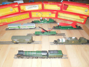 Rare collection d'un train Battle Space TRI-ANG Hornby Railways