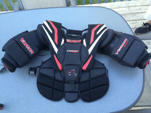 Vaughn Vision 9200 chest protector
