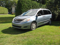 2006 Toyota Sienna CE 8PL Camionnette