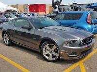 2014 Ford Mustang GT (only 6000 kms)