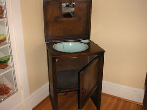 Vintage Wash Stand Windsor Region Ontario image 3