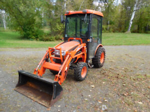 Kioti CK20S HST Tractor with Cab and KL120 Loader