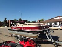 2013 Sun Tracker Party Barge 22DLX Pontoon Boat