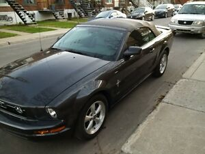 2007 Ford Mustang cuir Cabriolet tout equipé