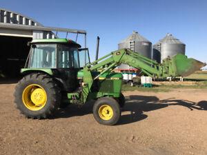 John Deere Tractor 2750